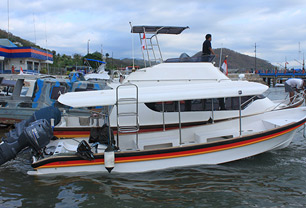 Komodo Speed Boat Rental