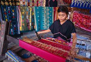 Lombok Weaving Tour