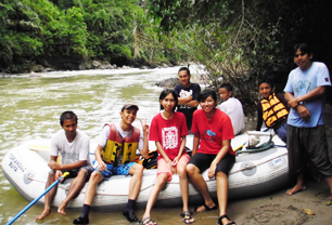 Toraja White Water Rafting