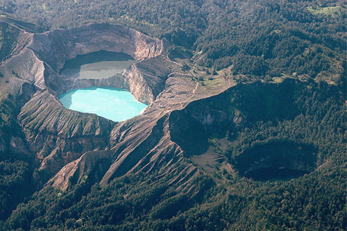 Kelimutu Crater Three Lakes